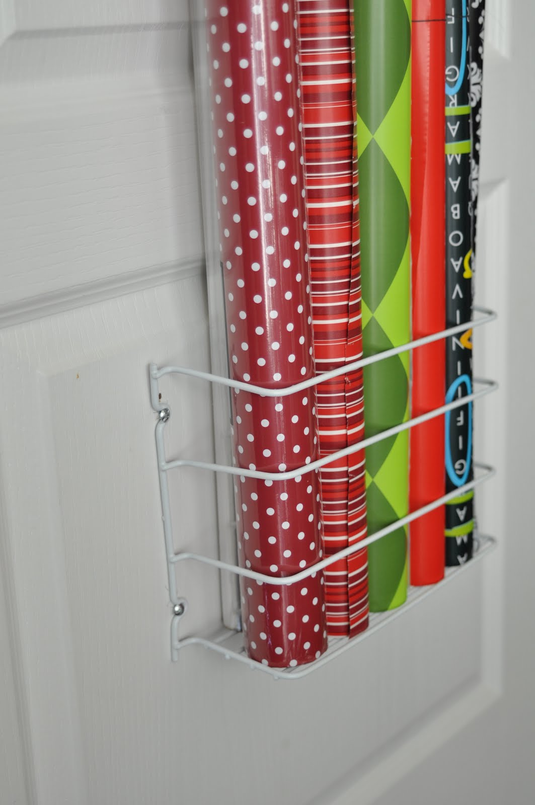 & She\u0027s crafty: Gift Wrap organizer