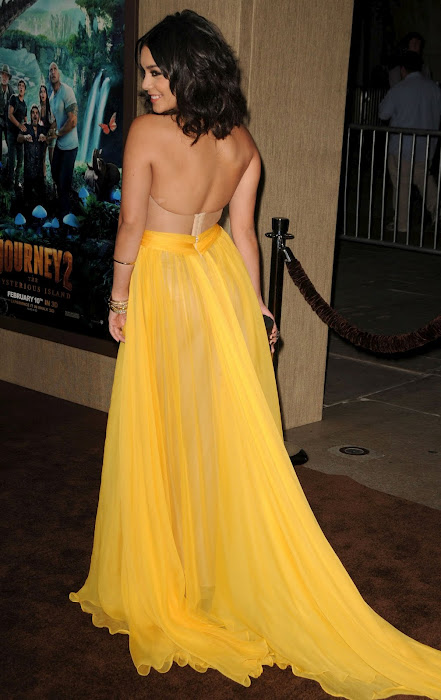 vanessa hudgens film premiere in hollywood (hq) hot photoshoot