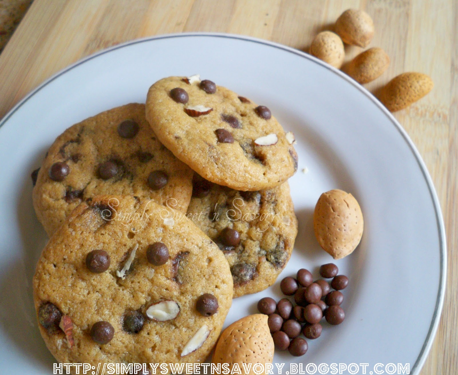 Simply Sweet 'n Savory: Chocolate Chip Cookies