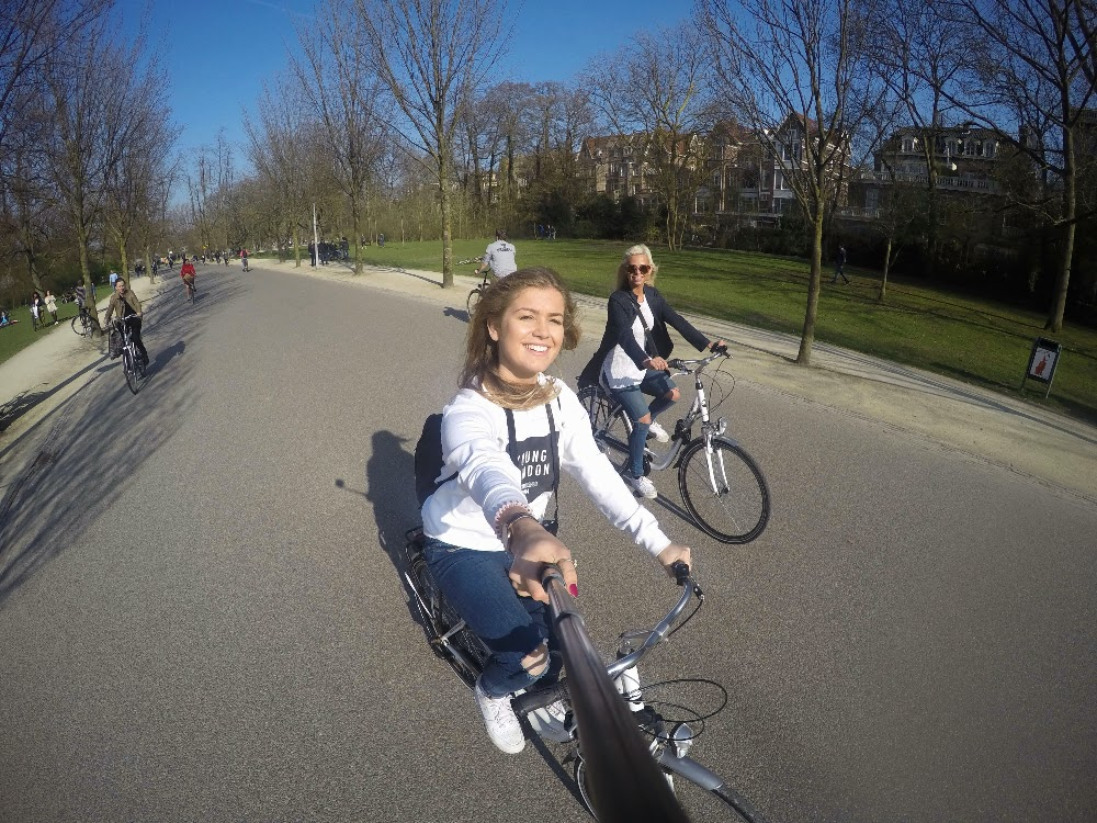 AMSTERDAM - Bike tour around the city & cocktails over the most perfect sunset