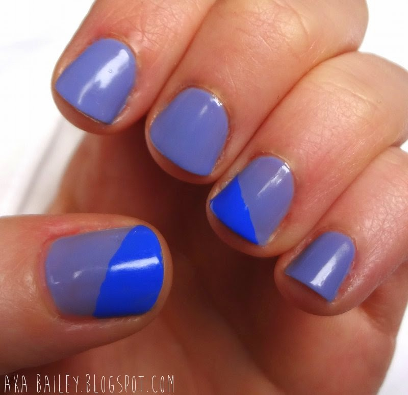 Light blue and bright blue nails