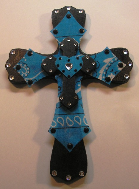Haute Crafty Creations: Bling Bling Wooden Cross Project