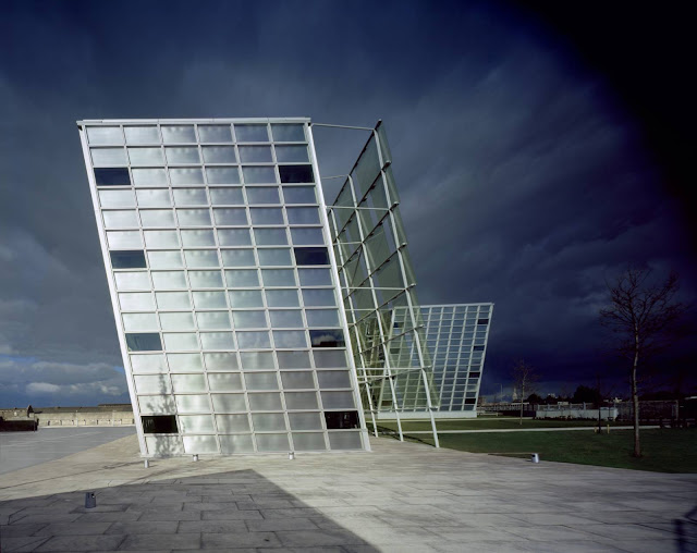 05-Áras-Chill-Dara-by-Heneghan-Peng-architects
