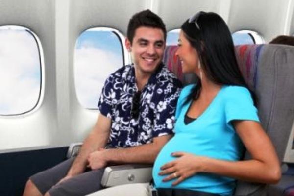 Ketentuan Naik Pesawat bagi Ibu Hamil