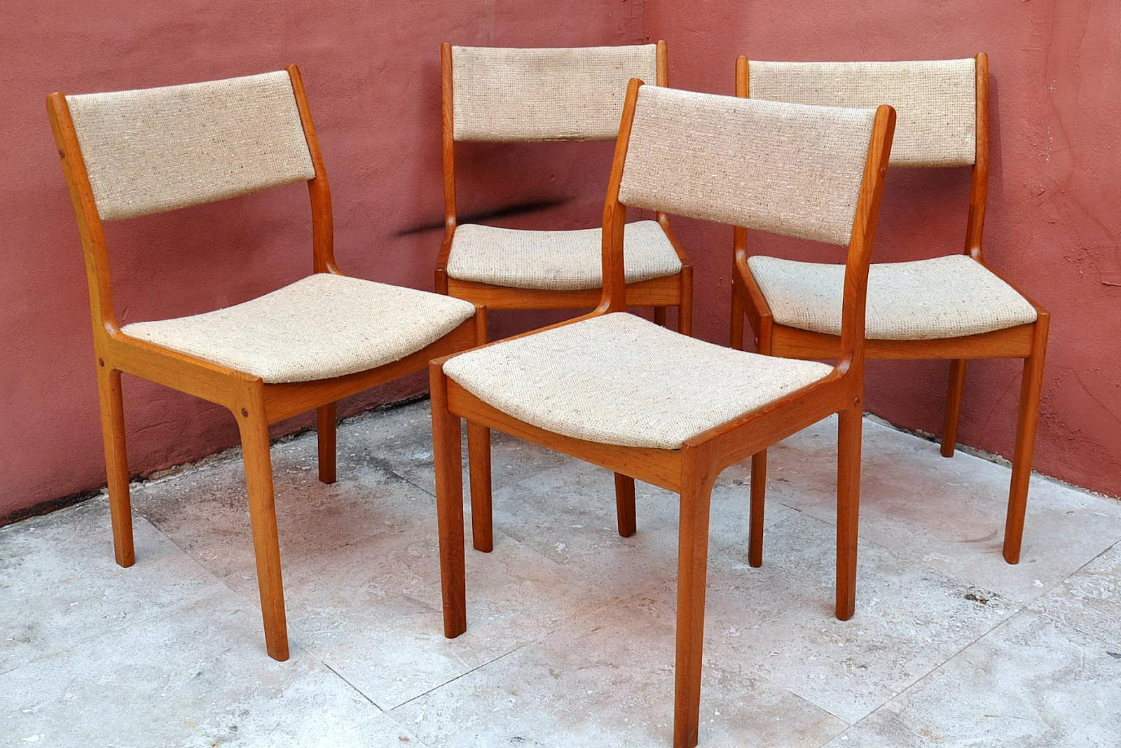 Vintage D Scan Danish Modern Teak Set Of 4 Dining Chairs. Full Resolution  Picture