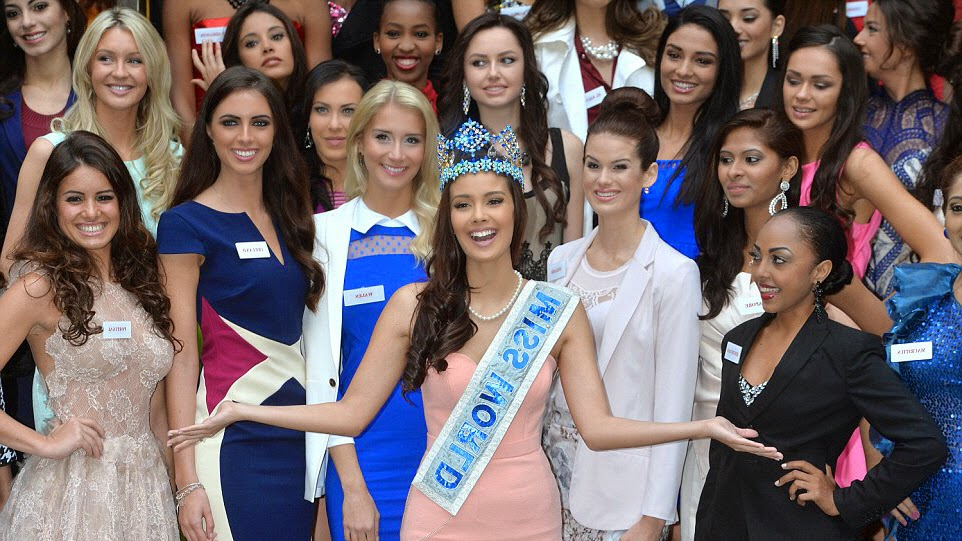Megan Young with Miss World 2014 Candidates Contestants Delegates
