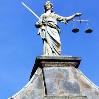 requisitos oposiciones justicia. Secretarios judiciales