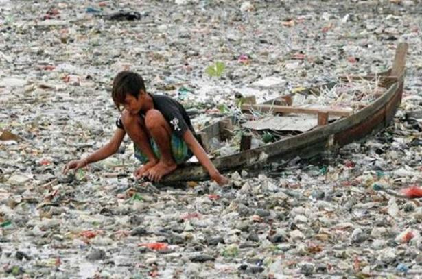 Citarum river pollution indonesia water pollution picture 3