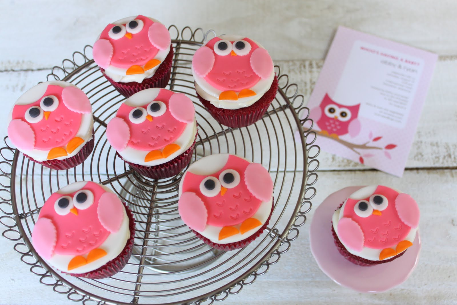 Crave Indulge Satisfy Tutorial How To Make Fondant Owl Cupcake