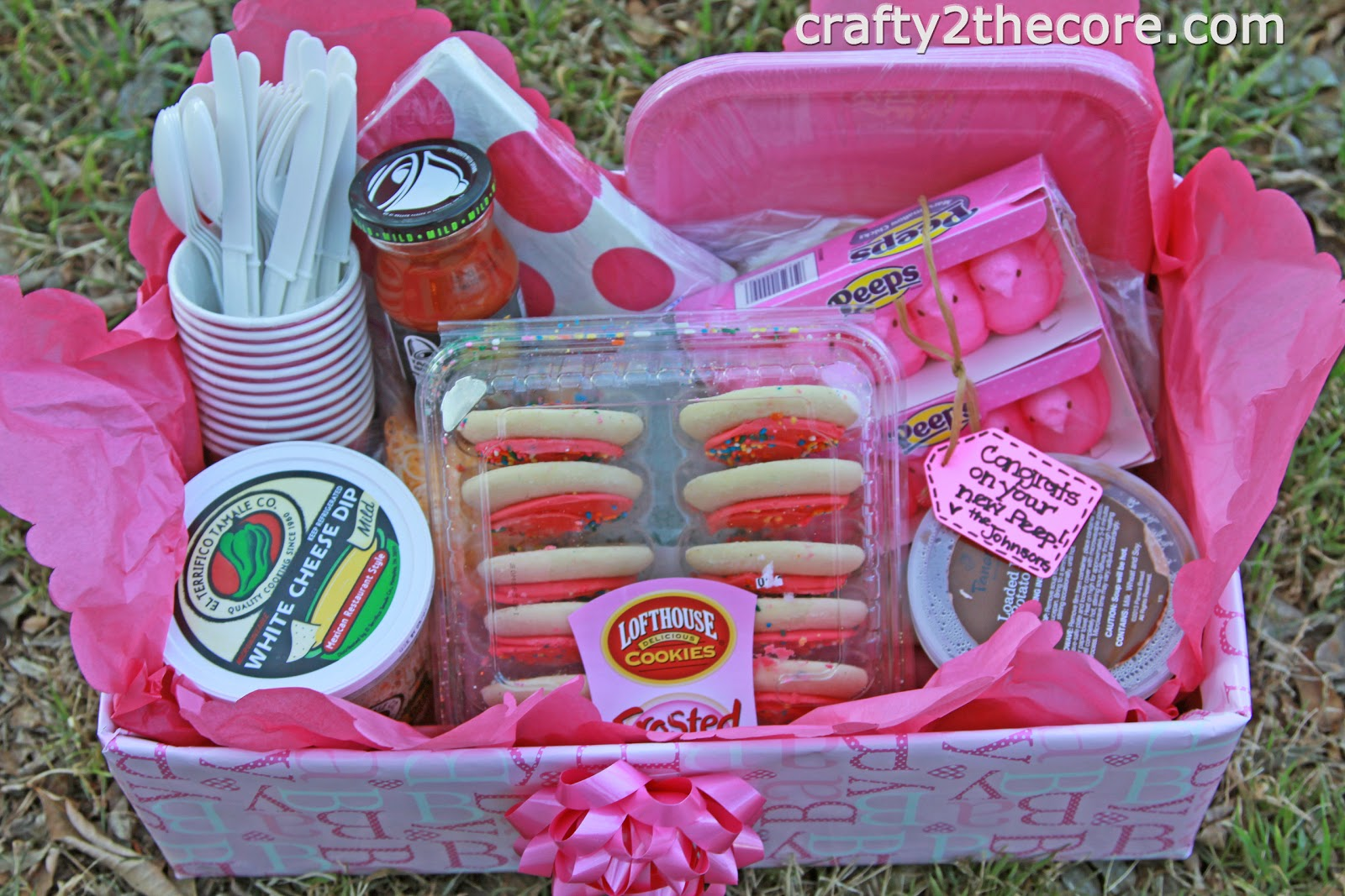 ~Meal Box~ A creative idea for taking a meal to someone whether it's for a new baby, illness, death in the family, etc. ~by Crafty 2 the Core~