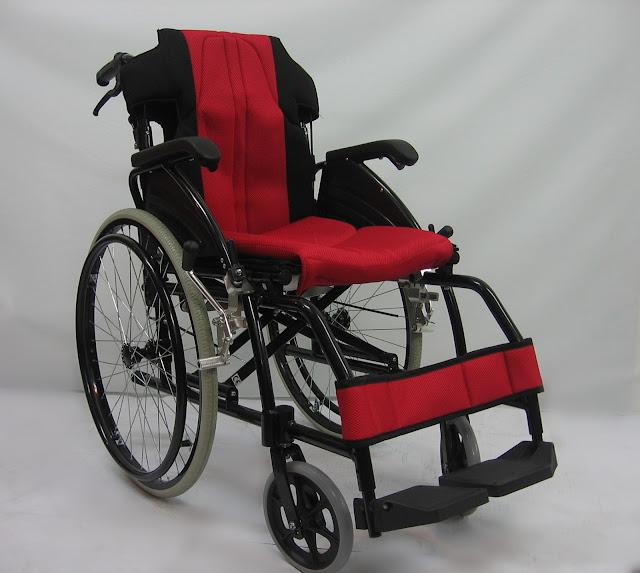 Kerusi roda memindah boleh ditanggalkan 可拆扶手扶脚交通轮椅 Detachable wheelchair