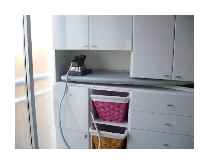 Cluberas el mueble de lara para organizar la plancha for Mueble para planchar ikea