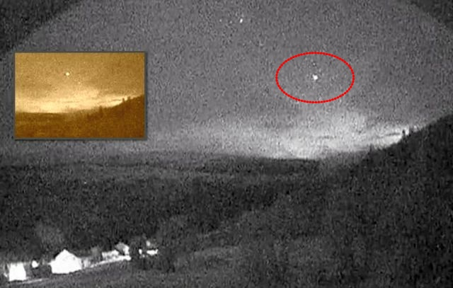 UFO News ~ UFO 'Hessdalen Light' and MORE Ufo%2Bhessdalen%2Blight%2Blive
