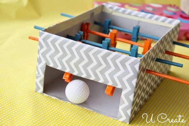 Mesa de Pebolim feita com caixa de sapato - PAP 11