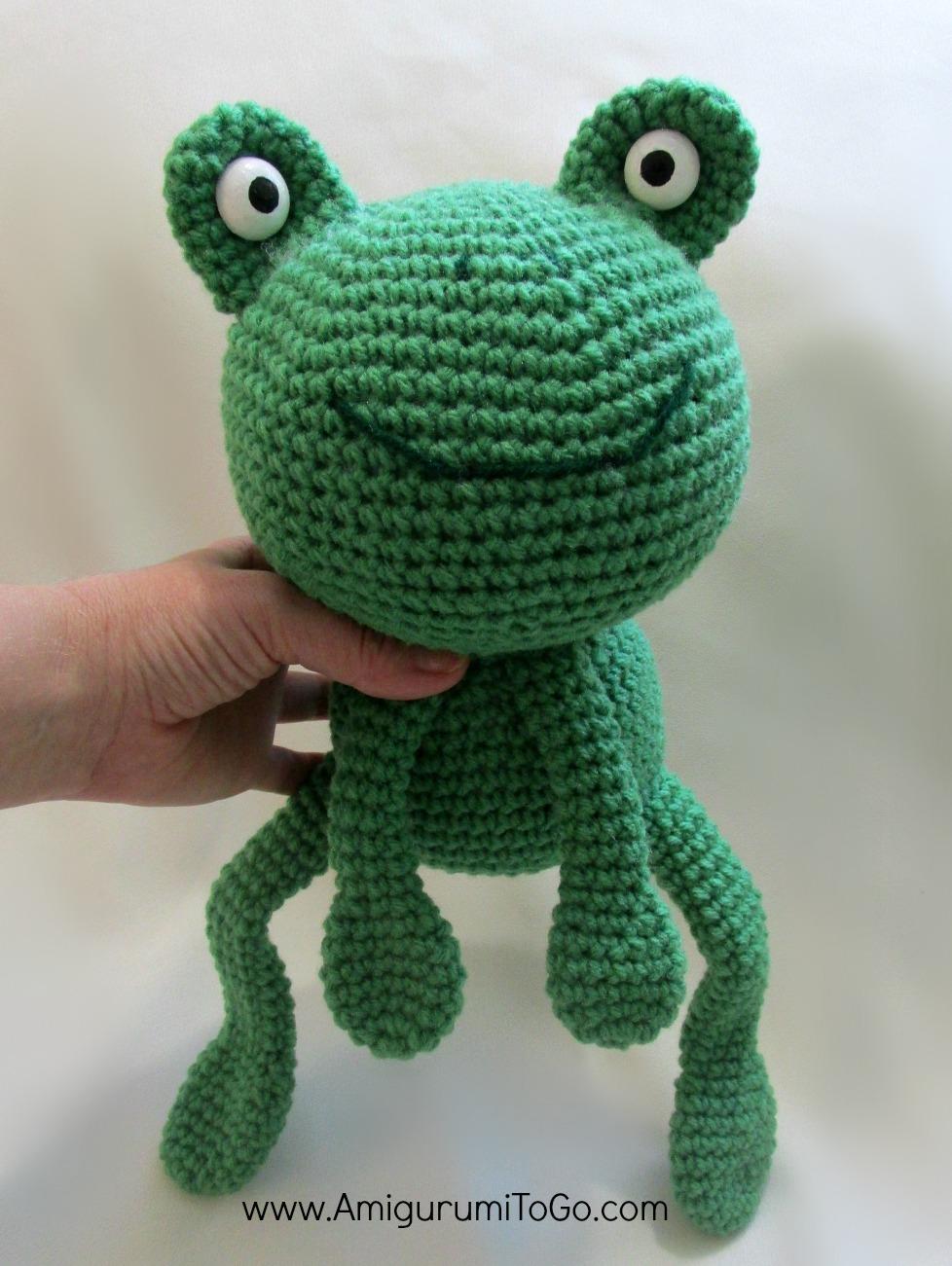 Amigurumi birthday frog amigurumi to go amigurumi birthday frog bankloansurffo Gallery