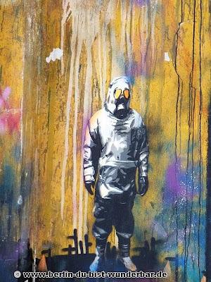 RAW, berlin, streetart, graffiti, revaler, fridrichshain, kunst, Plotterroboter KEN