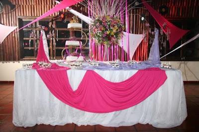 mesa decorada para casameto