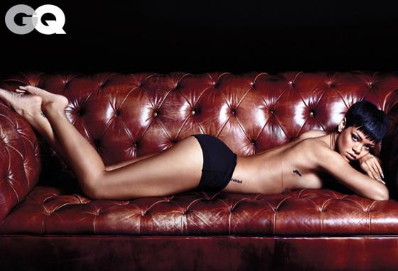 Les photos topless de Rihanna pour le magazine GQ