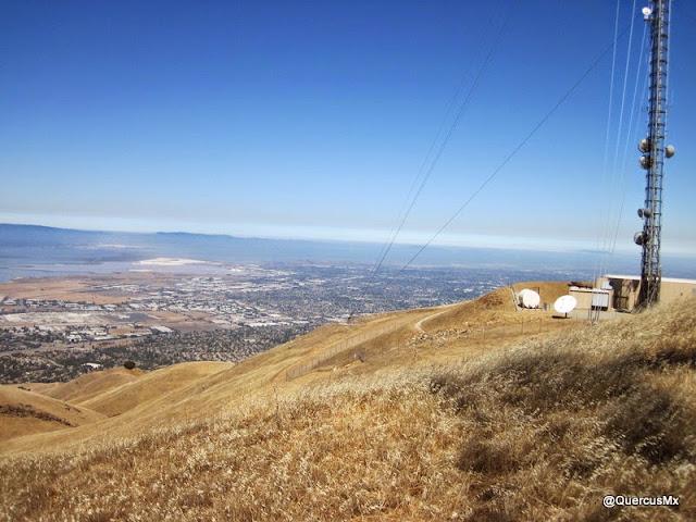 Bahía de San Francisco y antenas de  Mount Allison