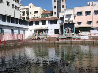 kandasamy+temple+pond.jpg