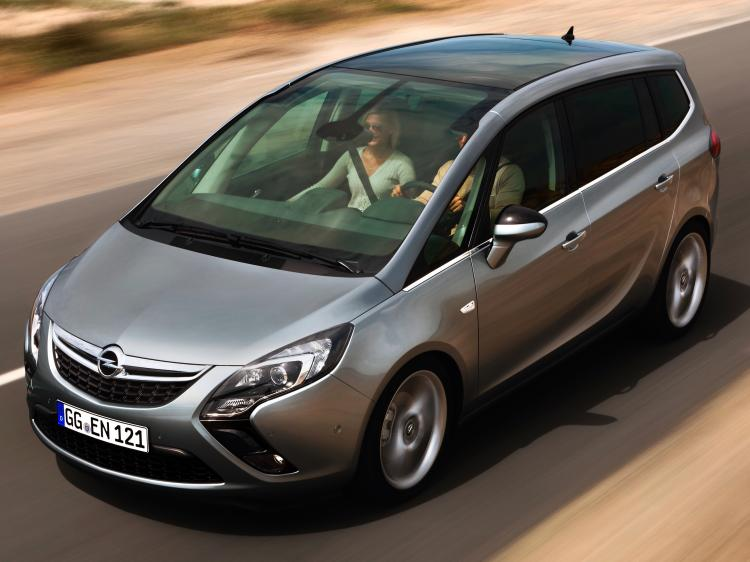 2015 opel zafira no sillent farewell all about cars. Black Bedroom Furniture Sets. Home Design Ideas