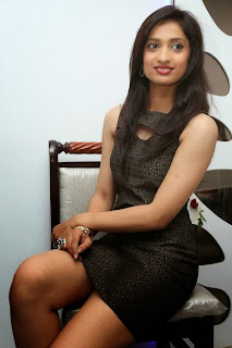 Anusha Hot 11.jpg