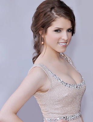 Anna Kendrick Hot Boobs