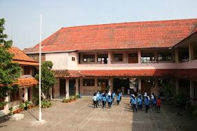 Gedung SMK Veteran