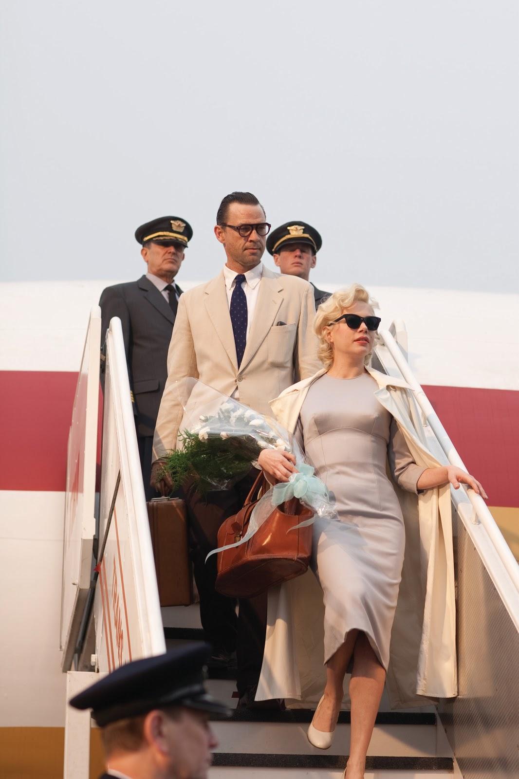 http://2.bp.blogspot.com/-oFOxxifgHwQ/TxTHsv83MJI/AAAAAAAAB9Q/SJltNuPIKxs/s1600/My-Week-With-Marilyn-1.jpg