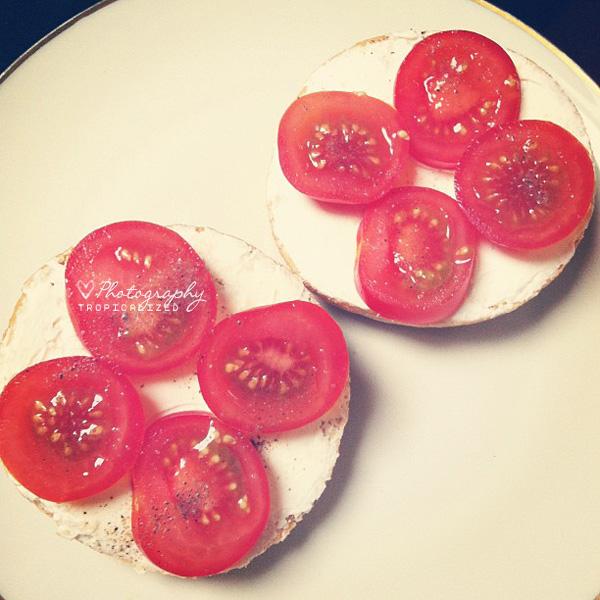 Philadelphia Brötchen Tomaten