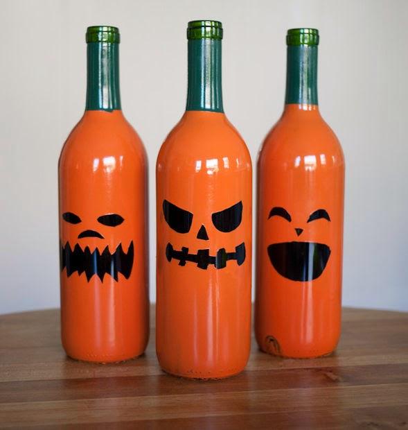 Calabazas Halloween con botellas recicladas