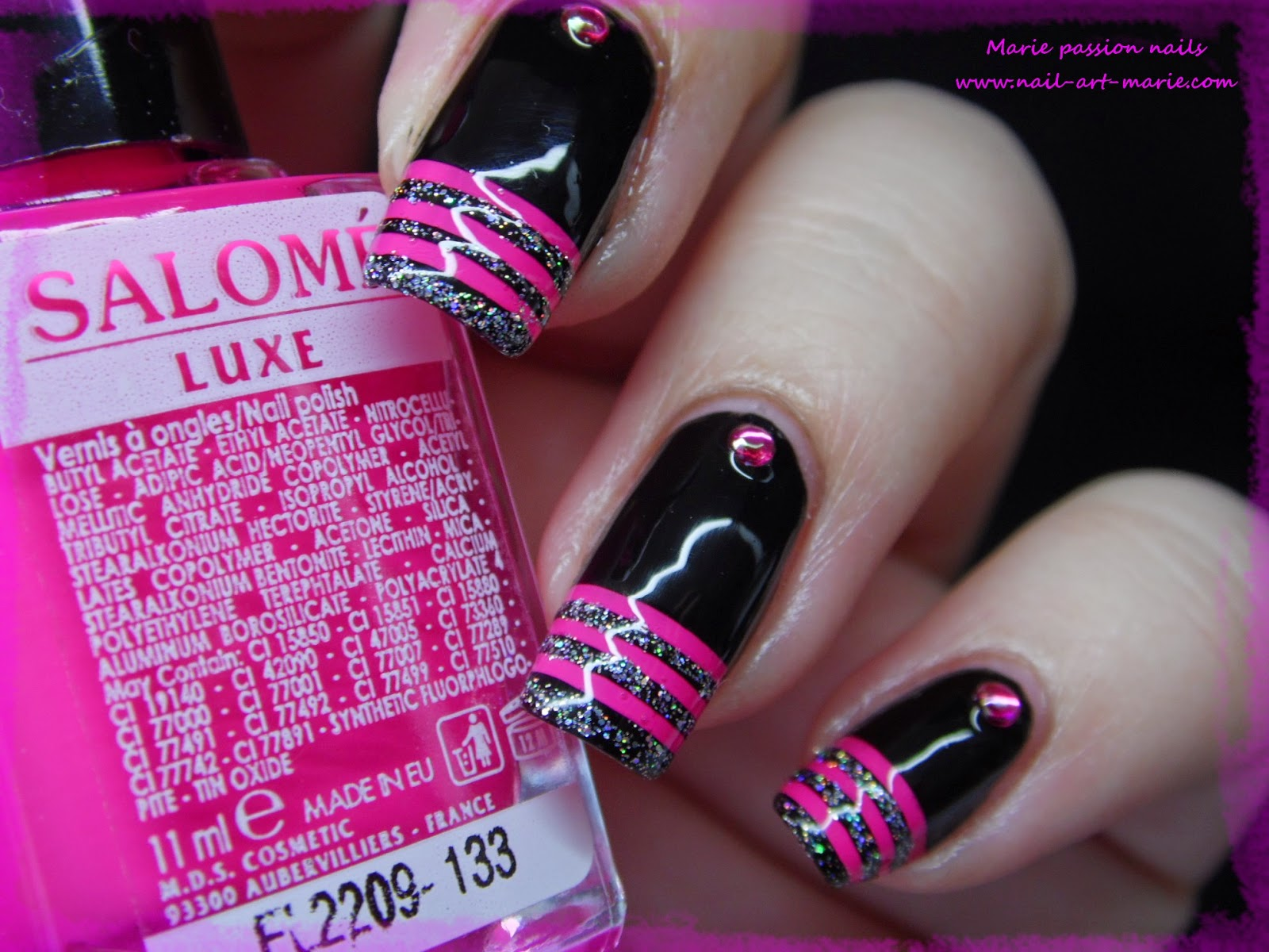 nail art french en rayures fluo4