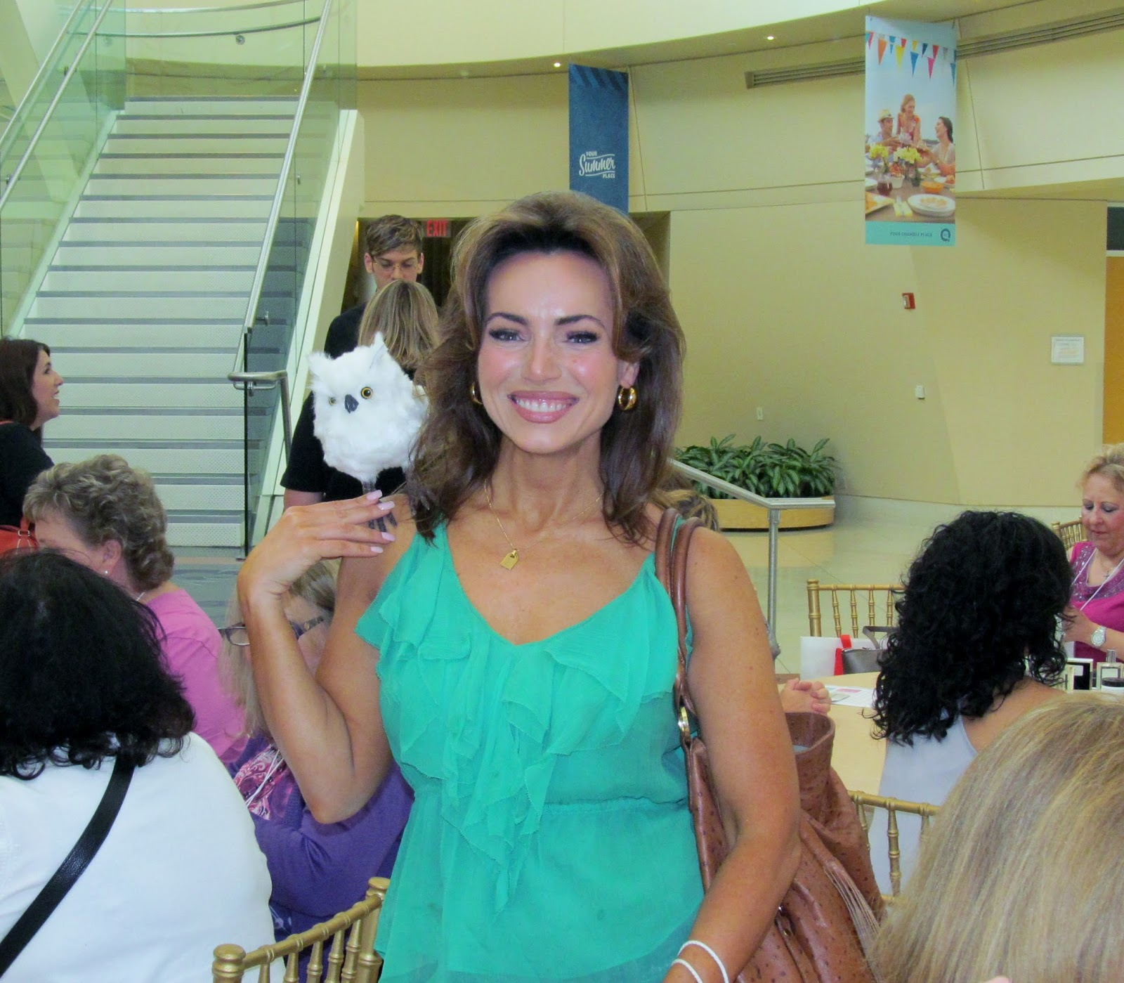 Lisa Robertson QVC