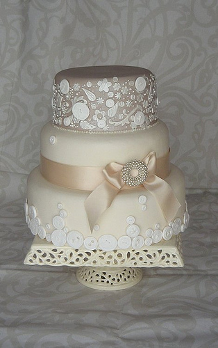 Cake Design Vintage : Angee s Eventions: 2013 Wedding Cake Trends