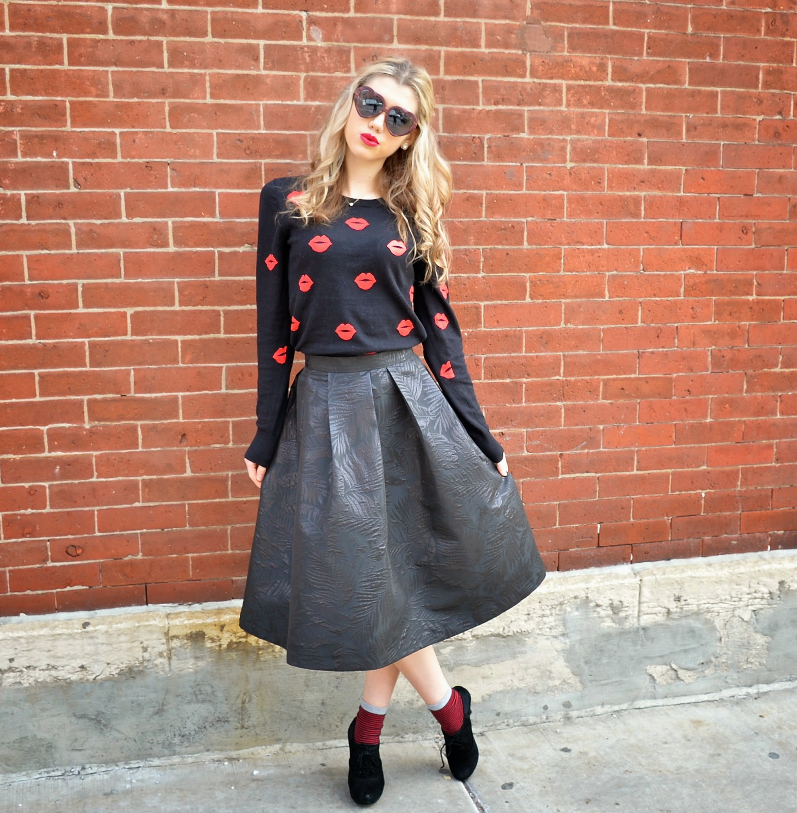 lip print sweater,french connection, midi skirt, Mermaid Waves, style blogger