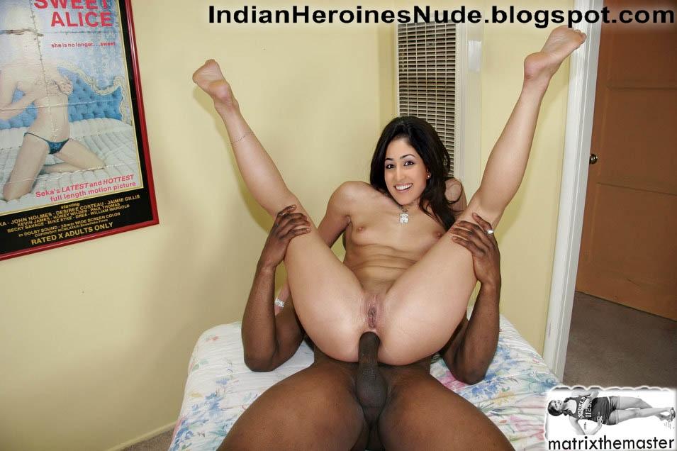 Yami Gautam Nude