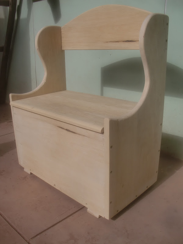 Decoraciones manualidades en madera como pintar banquita - Como hacer un lapicero de madera ...