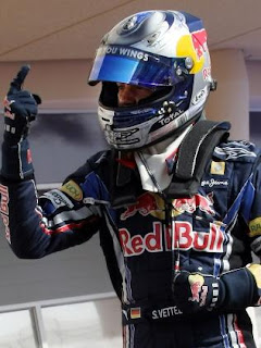 Vettel takes pole postion at the Bahrain GP 2010
