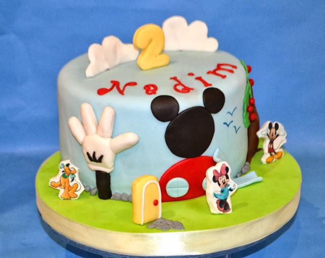 Tarta La casa de Mickey mouse personalizada Gandia pluto minnie daysi donald sugar dreams gandia cake club house