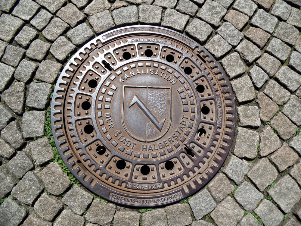 Drain cover in Halberstadt showing the coat of arms