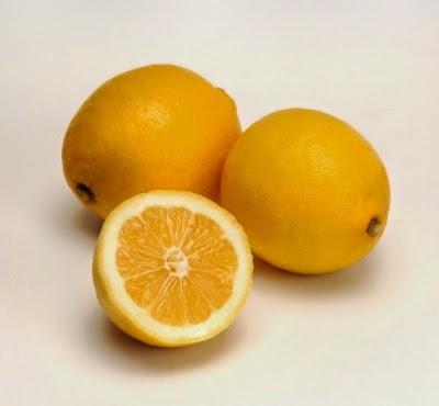 الليمون ينقي الجسم من السموم الضارة