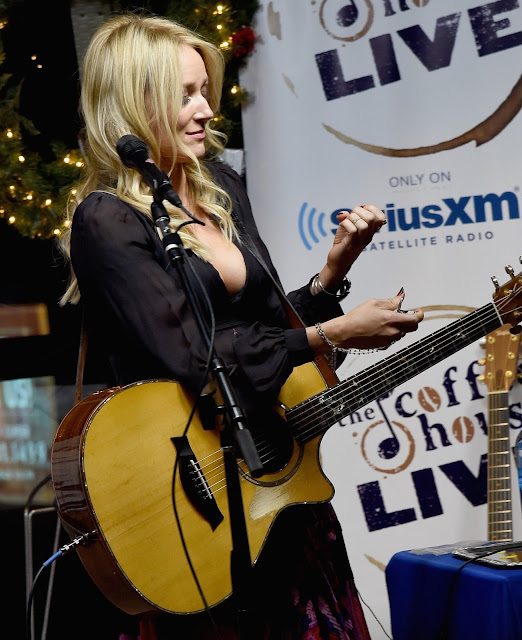 Singer, @ Jewel Kilcher - SiriusXM Acoustic Christmas With Jewel And Shawn Mullins in Nashville
