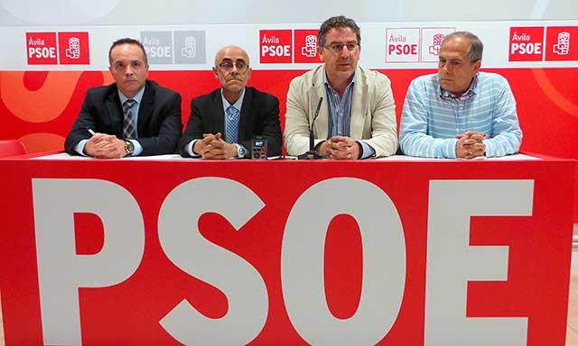 Miguel dela cruz, Juan Carlos Bajo, Tomas Blancoy Rodero, del PSOE