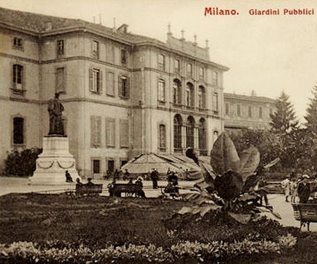 Milanoneisecoli gli affreschi del tiepolo di palazzo for 2 piani di casa storia con maestro al piano principale