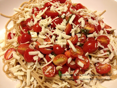 Summertime Pasta with Tomato and Basil | Addicted to Recipes