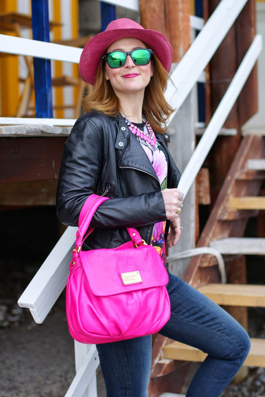 cappello paglia fucsia, Sodini collana fucsia, girls with dimples, Marc by Marc Jacobs lil ukita pop pink bag, Ruco Line boots, Fashion and Cookies, fashion blogger
