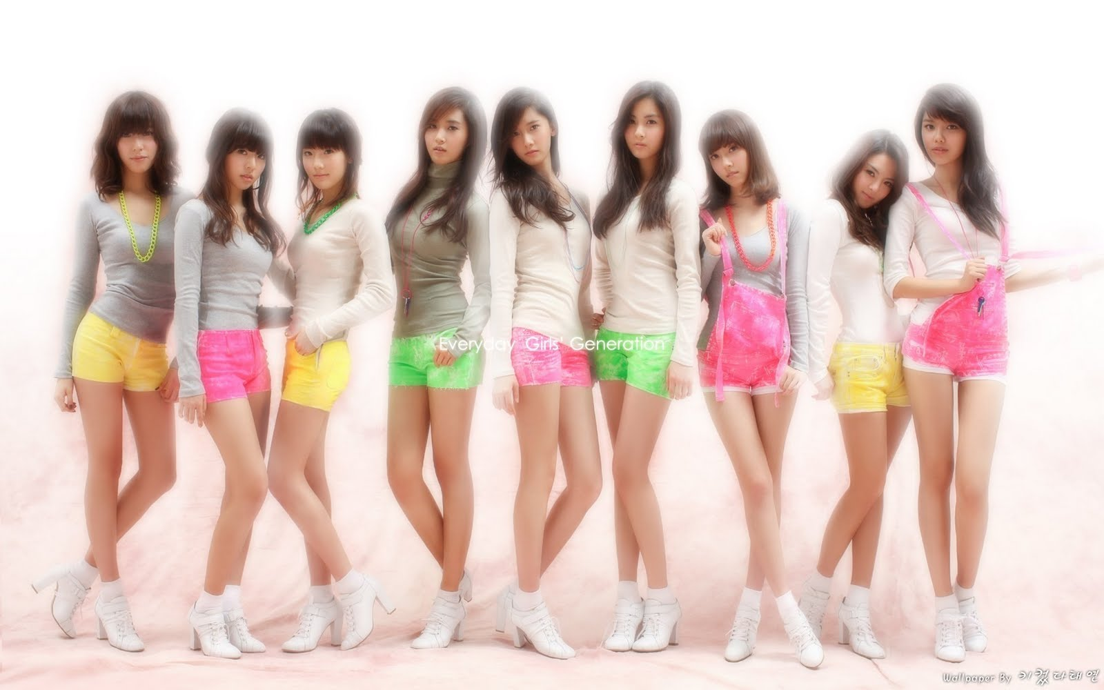 Snsd girls generation wallpaper 2