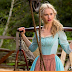 """Novas cenas de """"Cinderela"""" são divulgadas em trailer internacional"""