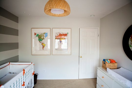 Con el bebe a cuestas inspiraci n habitaci n de bebe a for Habitaciones color gris claro