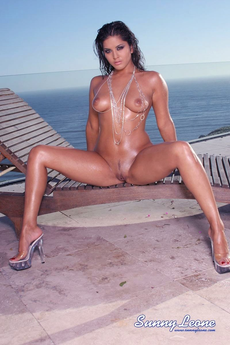 from Darius big boob full body nude